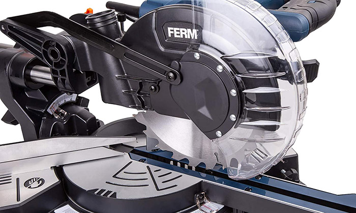 test FERM Scie à onglet radiale 1500W