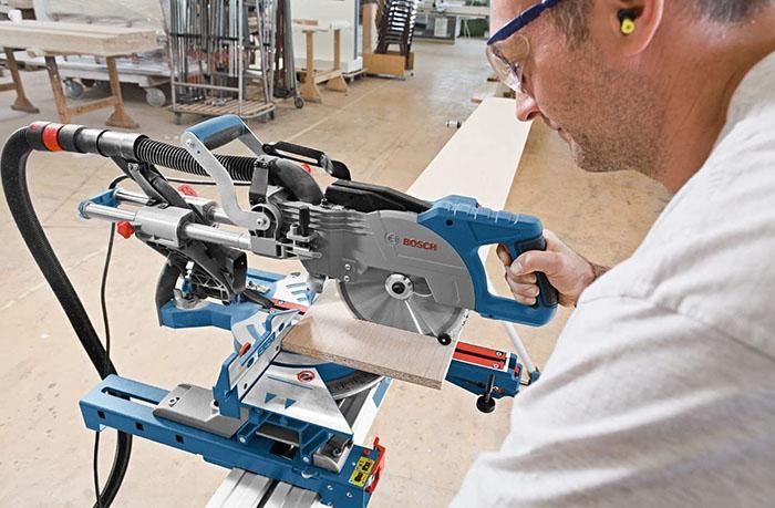 test et avis Bosch Professional Scie à Onglets Radiale Filaire GCM 800 SJ